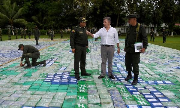 В Колумбия заловиха рекордните 12 тона кокаин