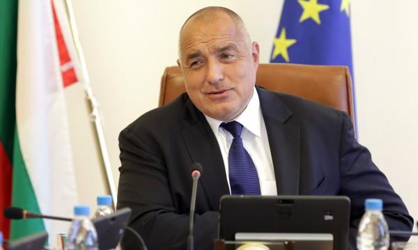 Борисов: Искат да ни съборят, защото намаляваме дълговете!