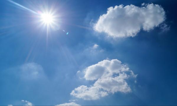 Слънчев петък, температурата до 15 градуса