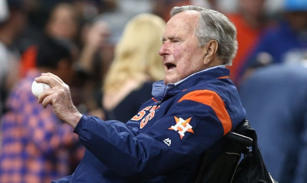 Още една жена обвини Буш в непристойни действия
