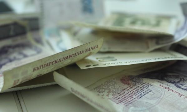 """Баба си """"купи матраци"""" за 1500 лева в Сандански"""