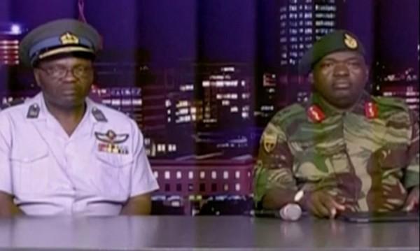 Военните взеха властта в Зимбабве, но не било преврат!