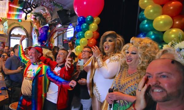 Австралийците искат узаконяване на еднополовите бракове