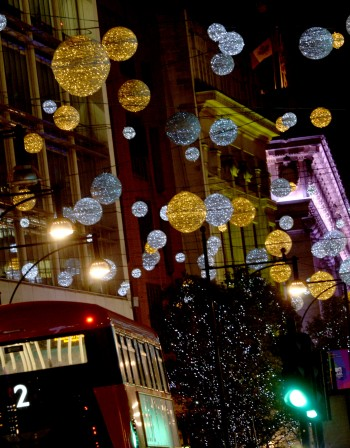 Оксфорд стрийт – най-натоварената търговска улица в Европа