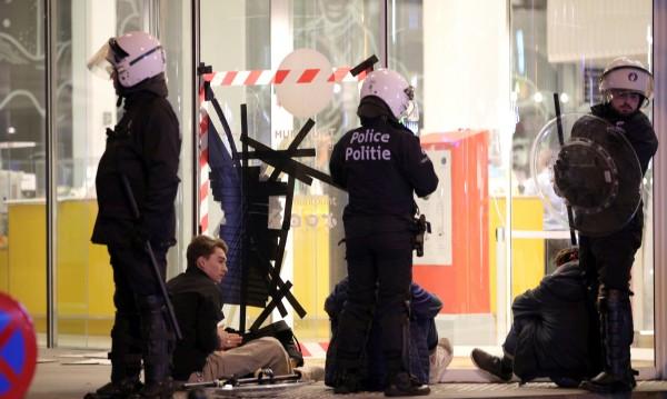Размирици в Брюксел след призив в социалните мрежи