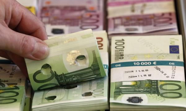 Апаши свиха 15 000 евро от апартамент в Разлог