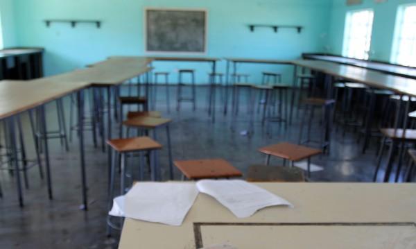 МОН се хвали: Върнахме в класните стаи 17 297 деца!