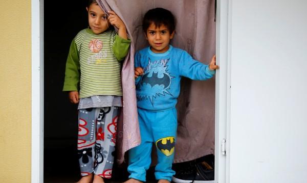 Над 224 000 бебета на бежанци от Сирия родени в Турция
