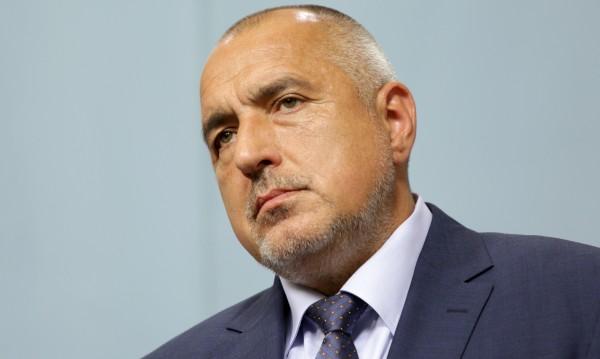 Борисов изпрати линейки от София за ранените край Микре