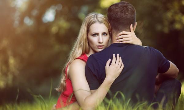 Кое ви прави неустоими в мъжките очи според зодията? (I част)