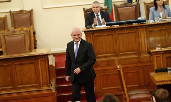 Борисов говорил 2 пъти с Главчев, той решил: Остава депутат