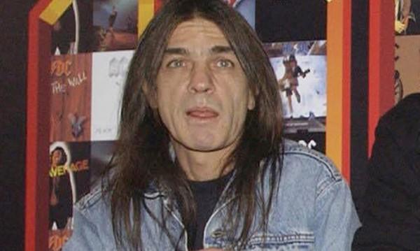 Почина Малкълм Йънг от групата AC/DC