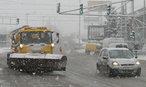 На прага на зимата: Студ, сняг и снежни виелици – от днес до…