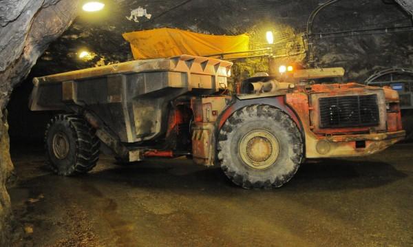 Двама миньори са пострадали в рудник в Мадан