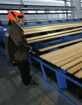 50 хил. работят в мебелната промишленост на България
