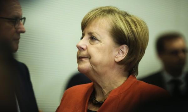 Меркел предпочита нов вот, но не и правителство на малцинството