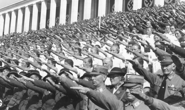 Със 126 млрд. райхсмарки от окупираните Хитлер финансирал войната