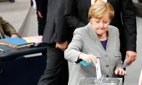 Настроенията в Германия: Половината германци искат избори