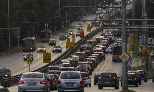 Трафикът в София при еврошефството: Труден, но не и ад