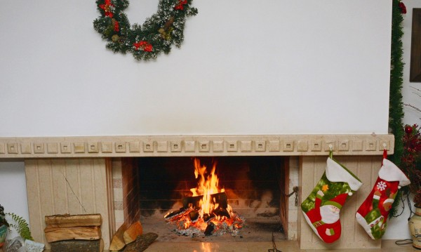 Българинът скромен: За празниците (Коледа и Нова година) – вкъщи!