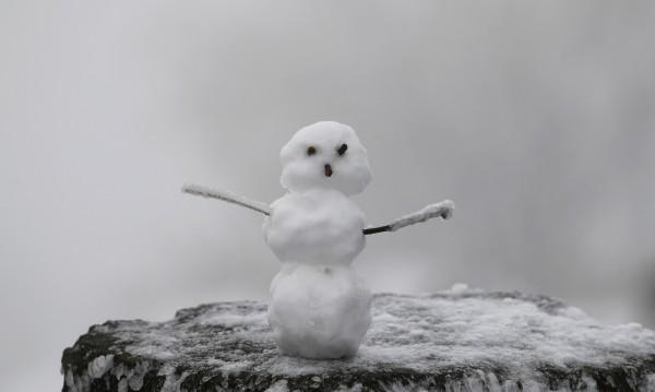 Сняг и студ, температурите – между минус 1° и 4°С