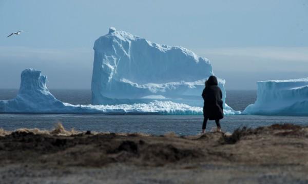Голям айсберг се отчупи от ледник в Чили