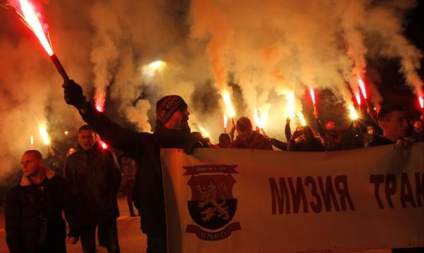 ДПС срещу ОП за факелното шествие срещу Ньойския договор