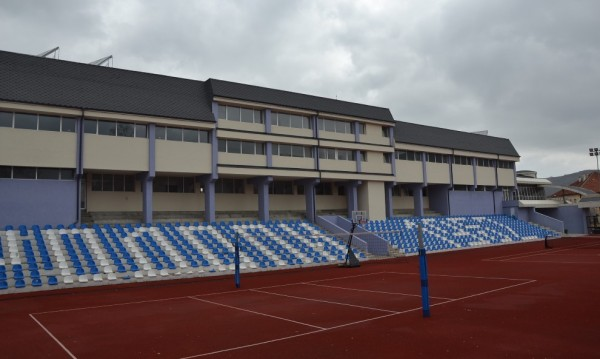 Нов спортен център в Момчилград на името на Наим