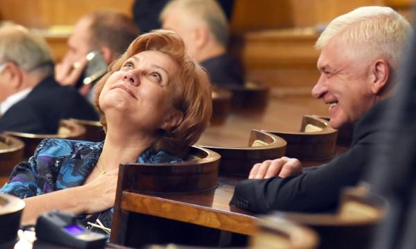 ГЕРБ се хвалят с добър бюджет. И към БСП: Дразните!