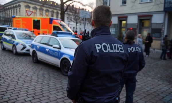 На коледния базар в Потсдам бе намерен експлозив