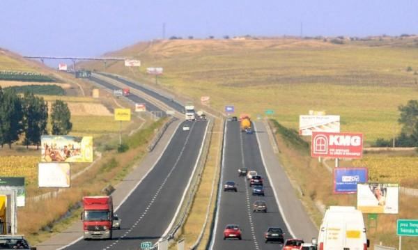 Държавата строи по 500 метра аутобани на ден догодина