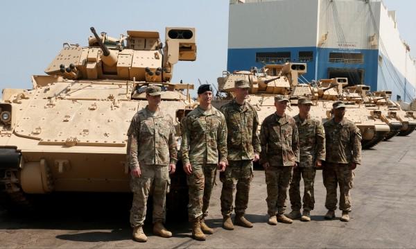 Пентагонът: Около 2000 са американските войници в Сирия