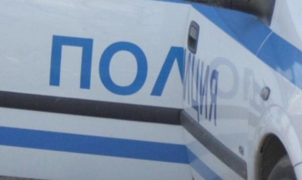 Откриха анаболни стероиди в автобус от Турция