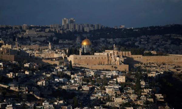 Външно с препоръка: Да не пътуваме до Ерусалим и Витлеем