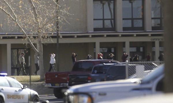 Стрелба в гимназия в Ню Мексико: Трима убити