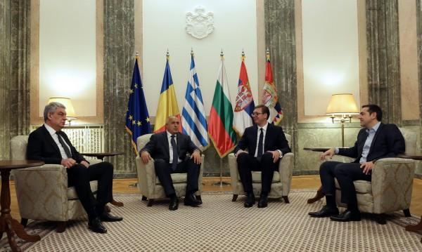 Падат тарифите на роуминга и със Сърбия