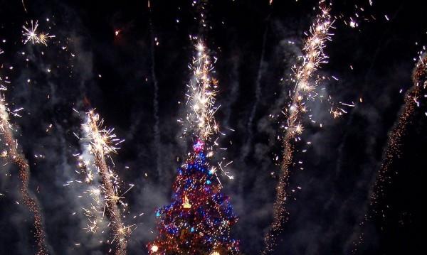 Нова година на площада със Сигнал, Хилда, Дара...