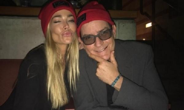 Чарли Шийн съди таблоид за секс обвинение
