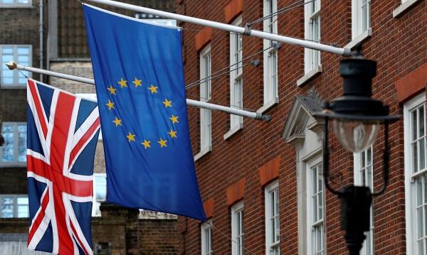 Brexit сделката: Само джентълменско споразумение