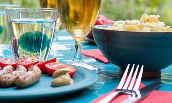 Рецептата Dnes: Коледна картофена салата по чешки