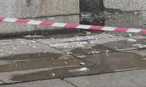Вятърът събори мазилка от блок в Студентски град