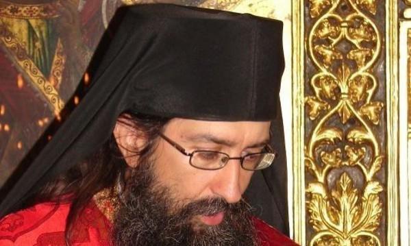 Кредити изяли главата на архимандрит Симон?