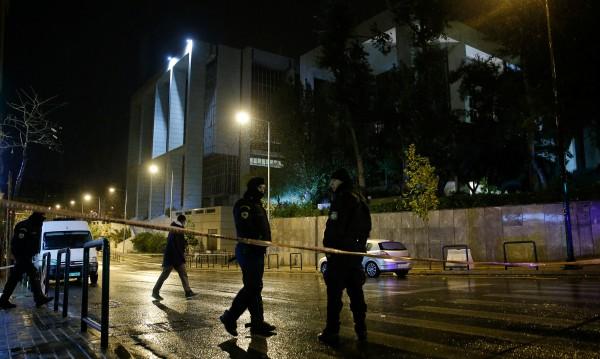 Мощна експлозия разтърси съдебна сграда в Атина