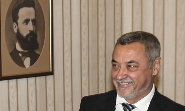 Валери Симеонов: България е била мащеха за българите в чужбина!