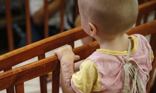 Безработни българи в надпревара да са детегледачи