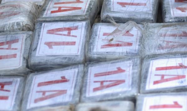 Над 15 кг дрога заловиха на Капъкуле в ТИР, влязъл от България
