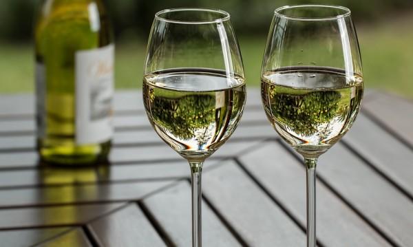 Отвориш ли бутилка с вино, го изпий!