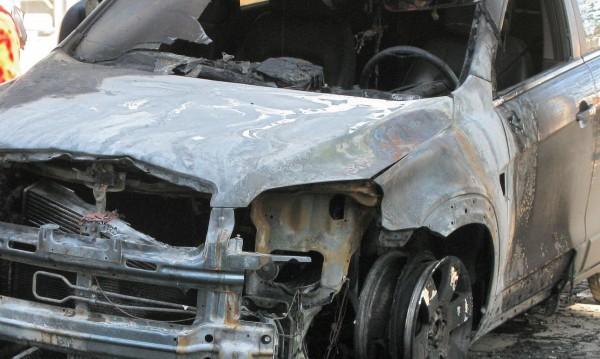 Подпалиха автомобилите на горски в Исперих