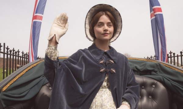 """Конспиративни теории около кралицата във """"Виктория"""""""