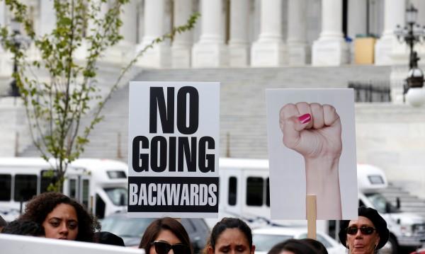 Съдия блокира пореден указ на Тръмп – за децата мигранти
